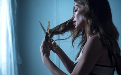 Severina si je v novem videospotu za pesem 'DALEKO TI KUĆA' ostrigla lase.